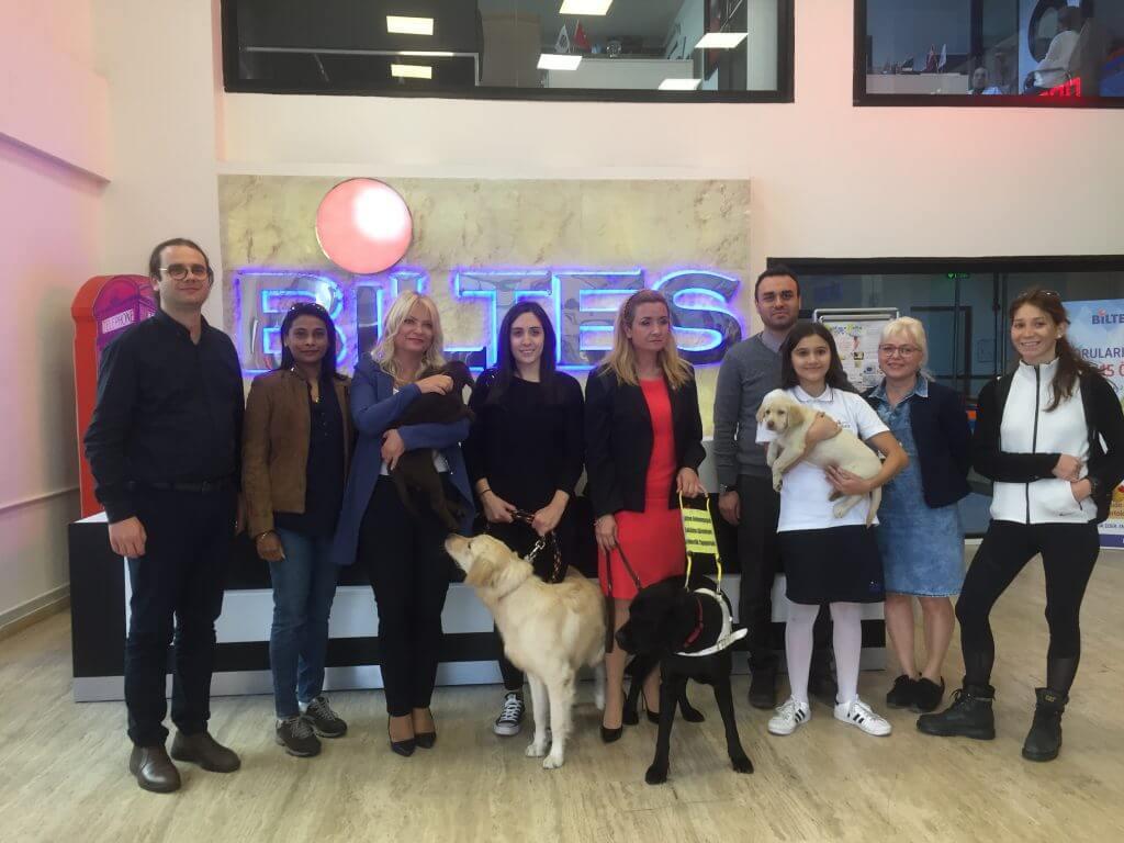 Rehber Köpeklerimiz, Görme Engelli Vatandaşlarımıza Işık Olmak İçin Yola Çıktılar!